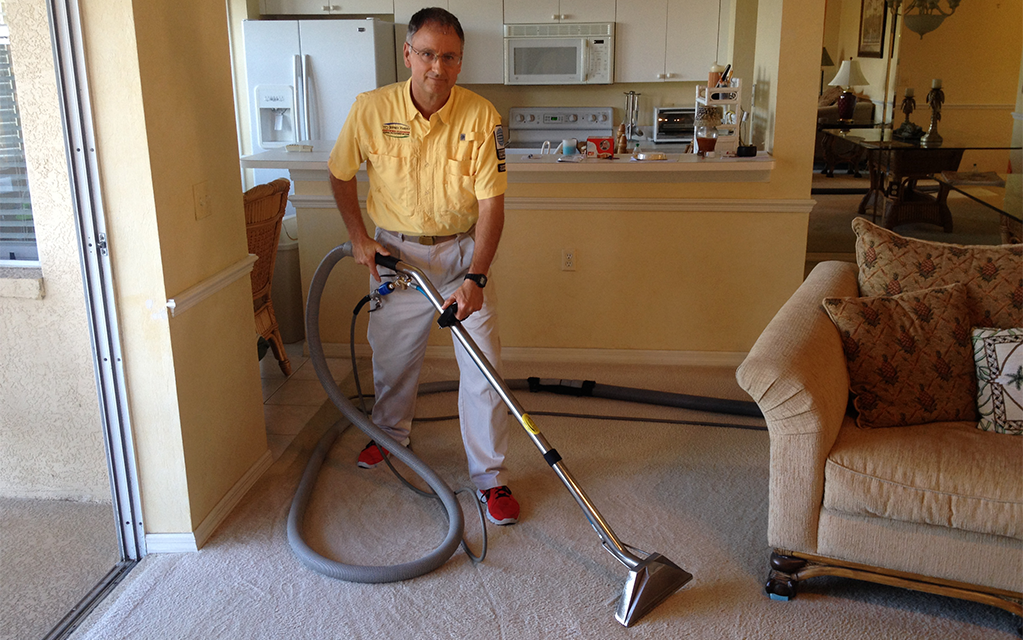 Jeffrey Harvey utilizes hot water extraction (the required method cleaning by most carpet manufacturers to maintain warranties) and the drag wand.