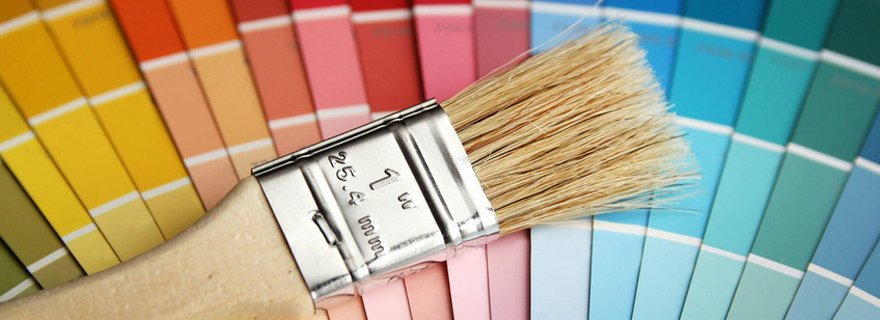 Painting colors and brush