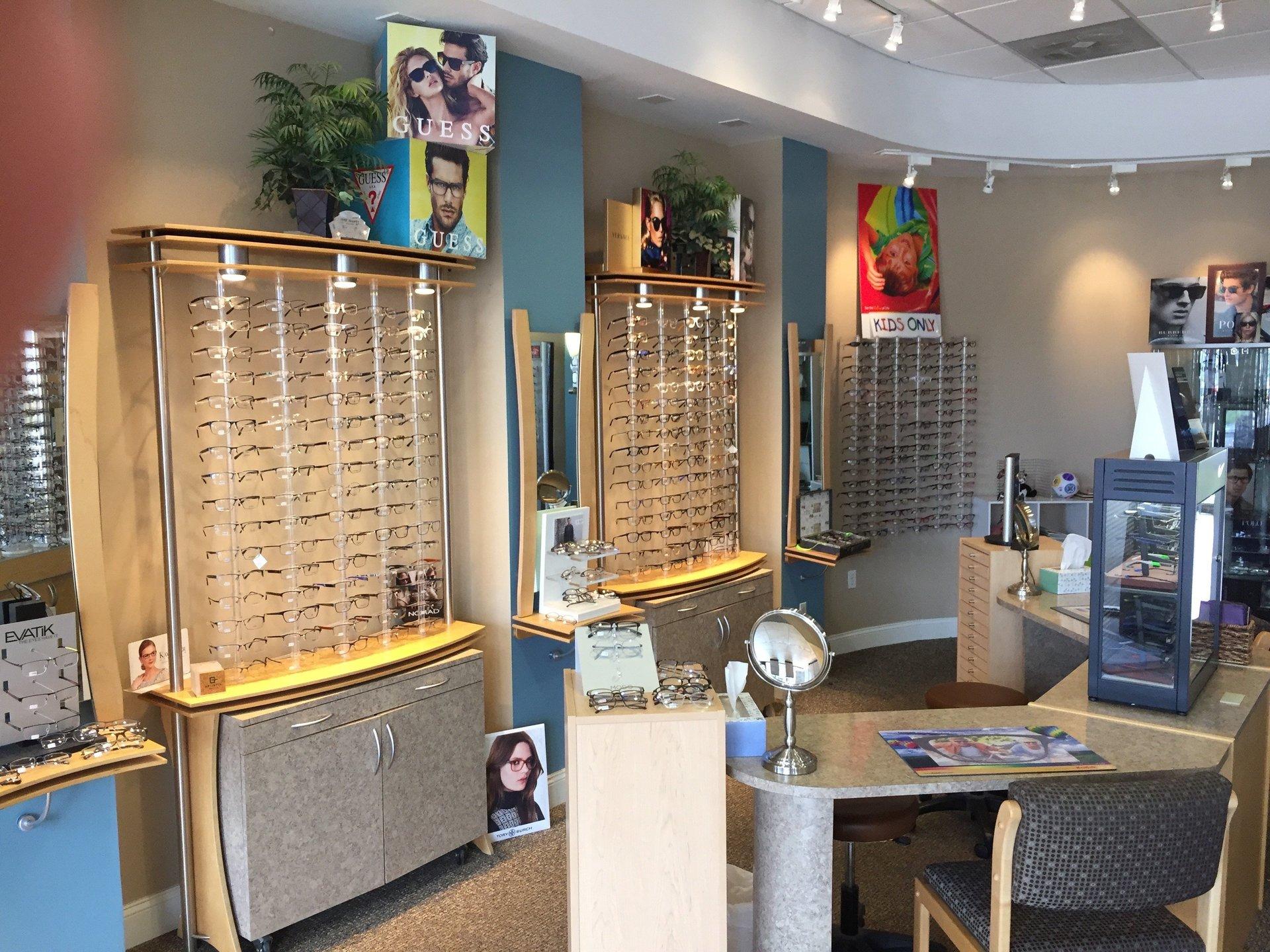 Poplar optical shop