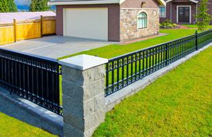 Wood Gates   Athens, TX   Wilson Fence   903-677-8281