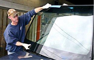 Auto Glass | Waseca, MN | Waseca Glass Inc. | 507-835-2590