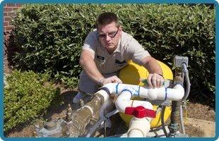 Water well pump repair contractors