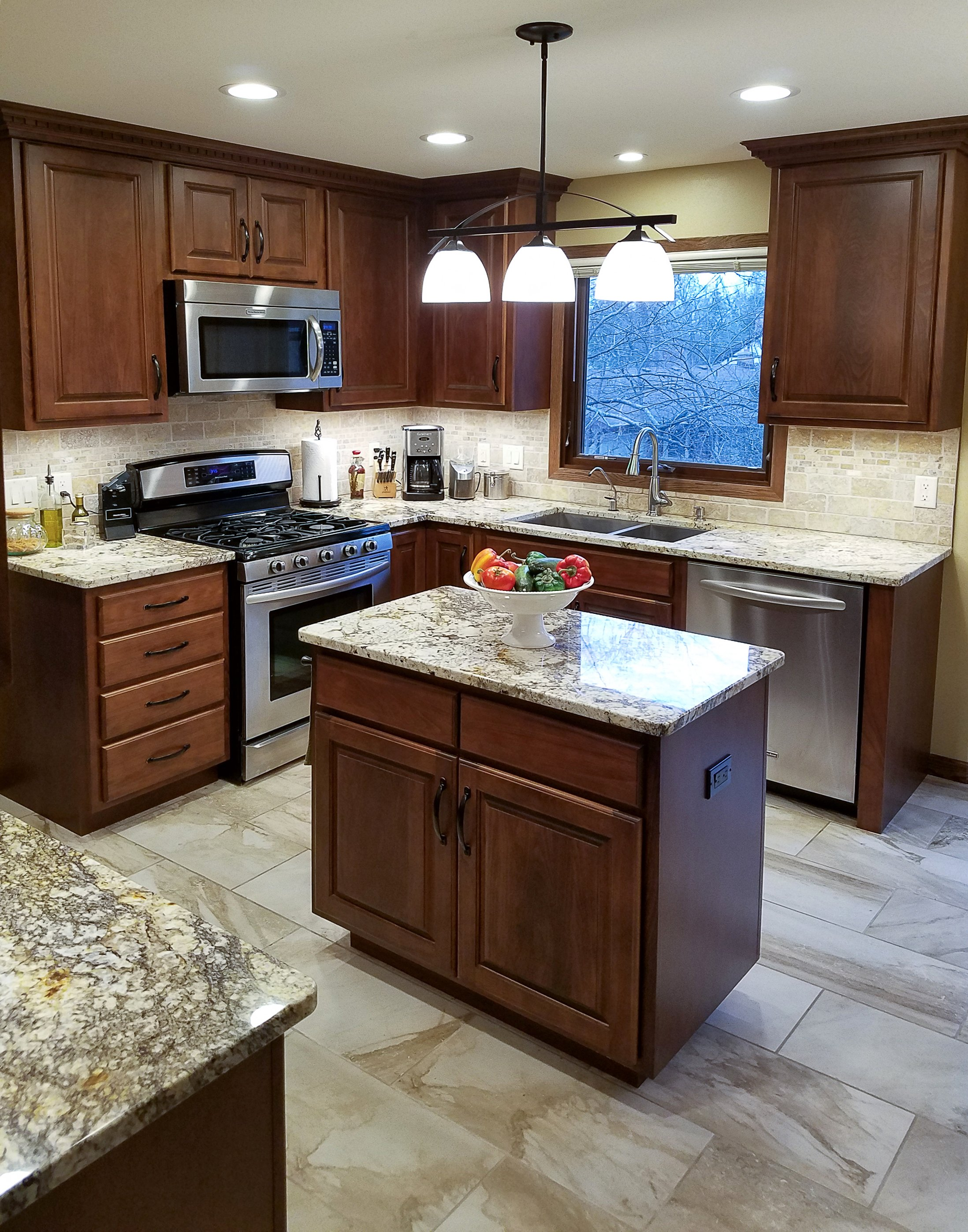 Kitchen Remodeling and Design, small kitchen island,