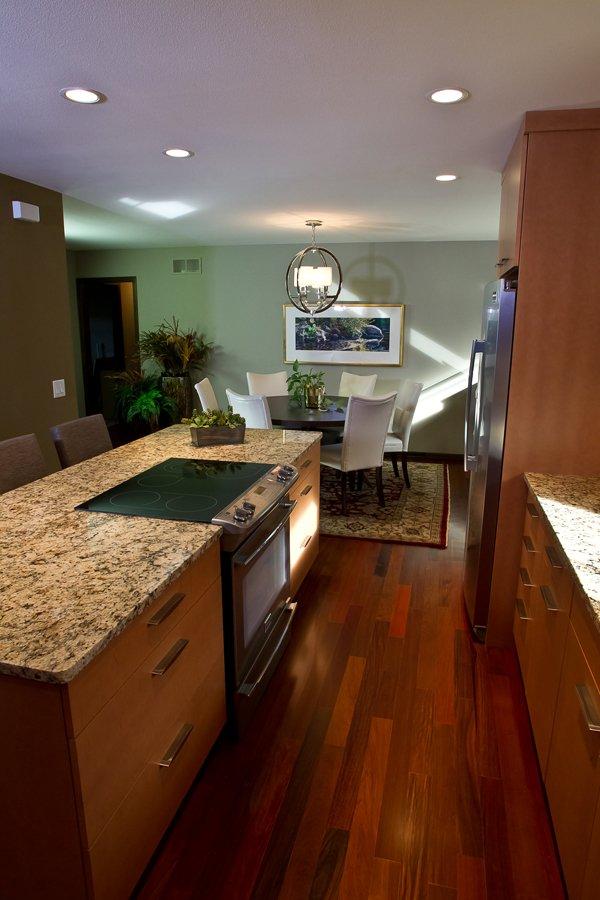 Kitchen Remodeling and Design, narrow kitchen walkway, kitchen isle, eat-in kitchen, granite countertops