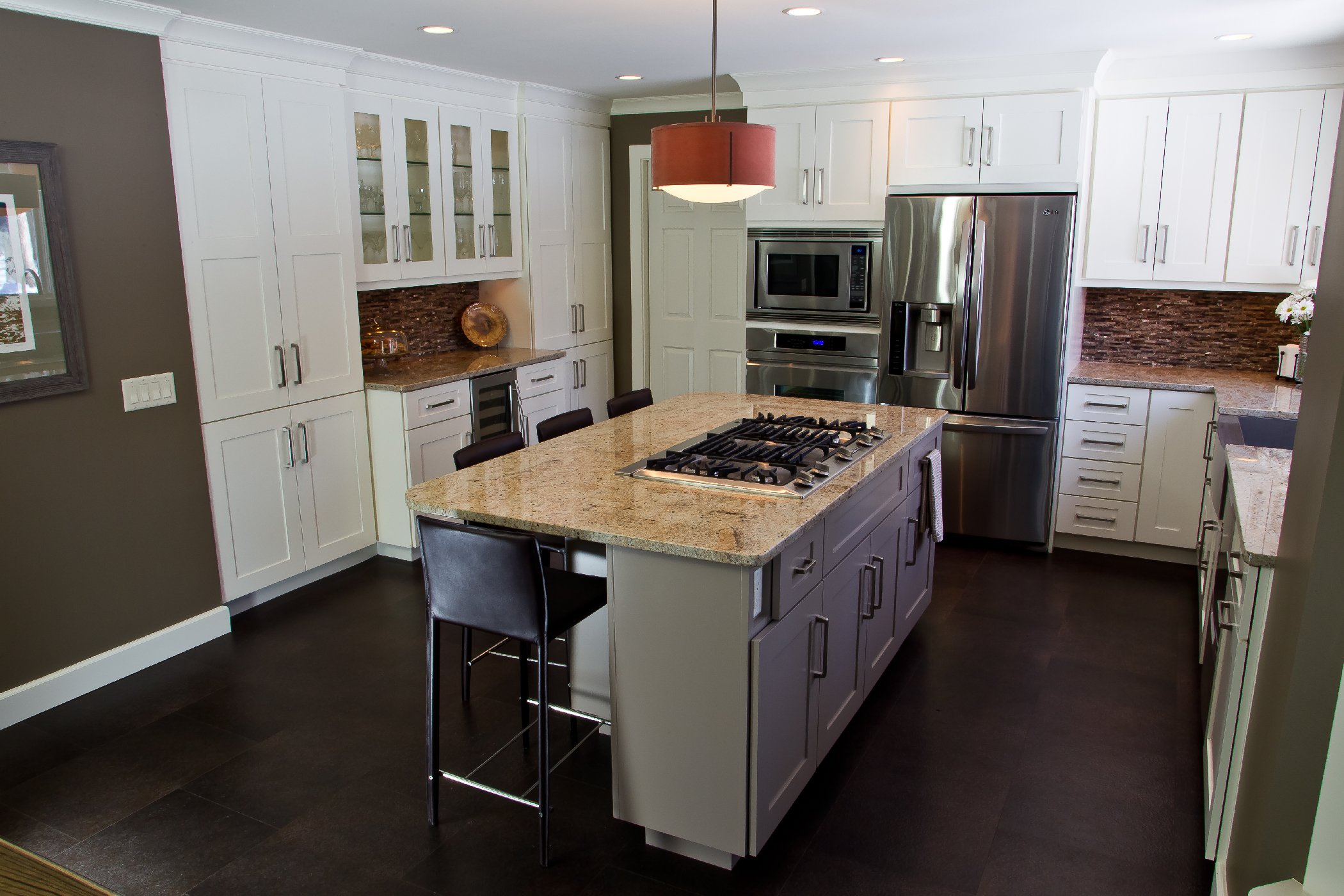 Kitchen Remodeling and Design, kitchen remodel, large pantry towers, glass kitchen cabinets, kitchen bar cabinets, white cabinets, built-in double oven