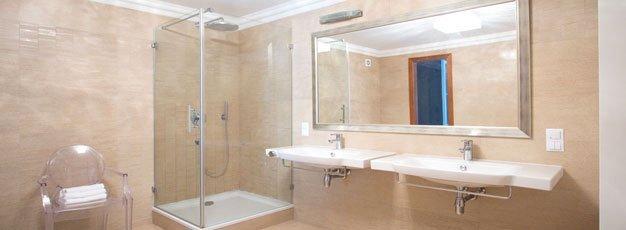 Shower Fiberglass
