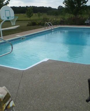 Swimming pool with concrete work