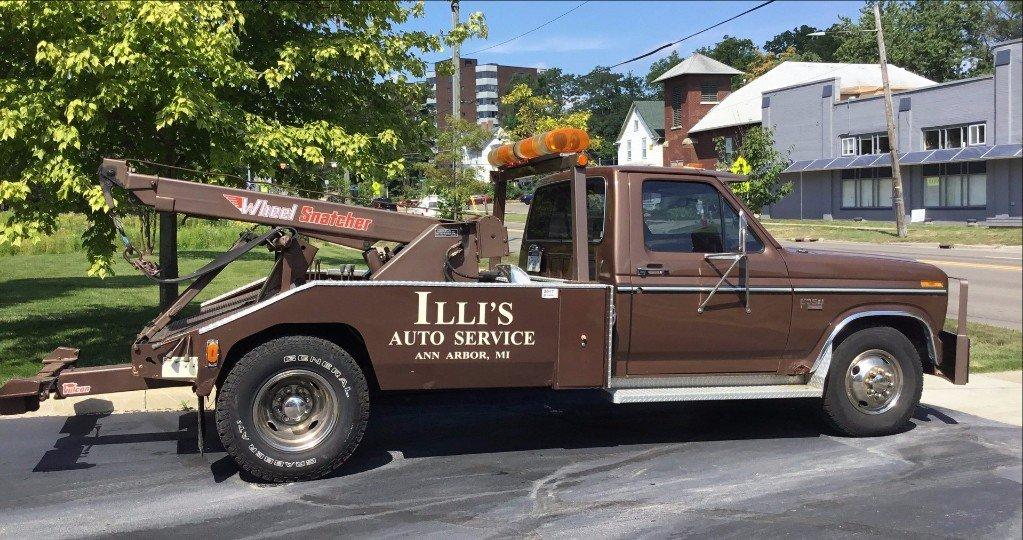 Illi's Auto