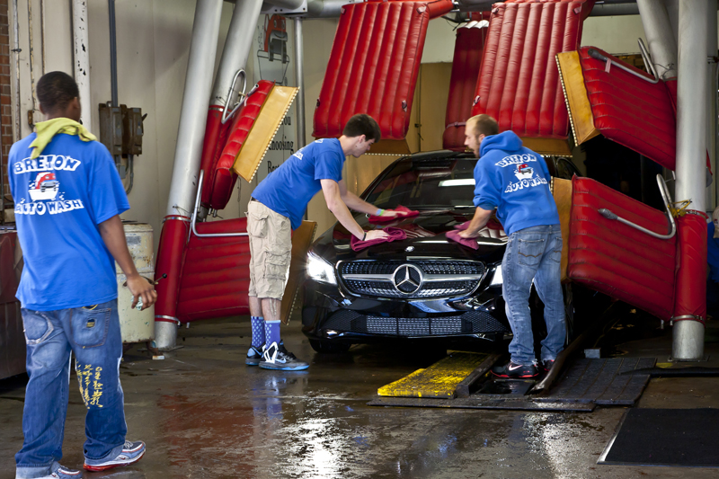 Breton auto wash gallery grand rapids mi staff wiping the car after wash solutioingenieria Image collections