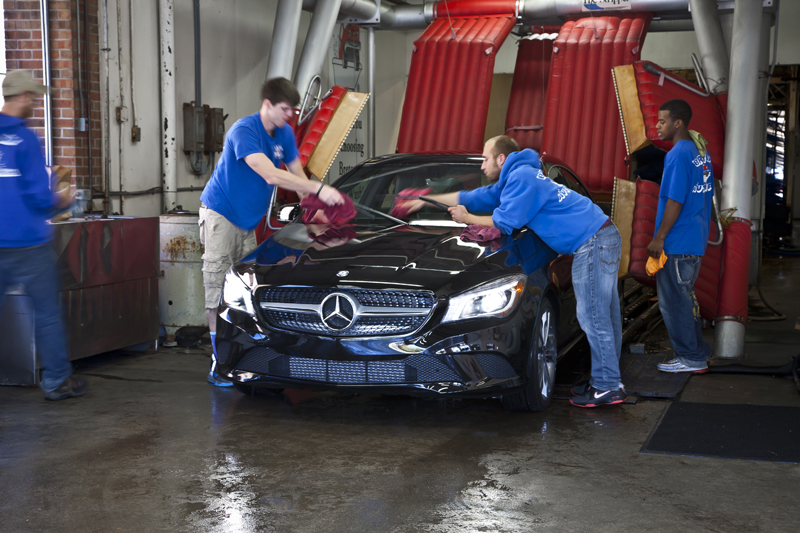 Breton auto wash gallery grand rapids mi car wiping after wash solutioingenieria Images