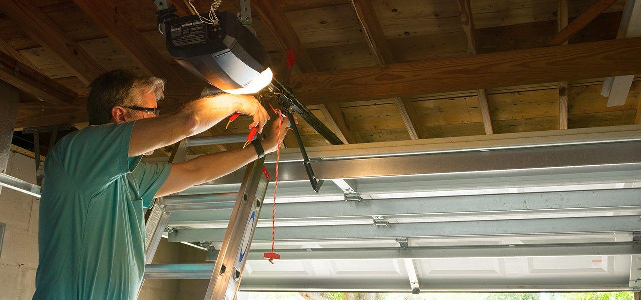 Sawran Overhead Doors Llc Garage Door Repairs Auburn Ny