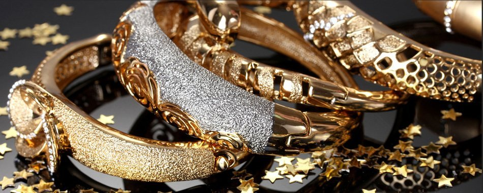Different style of gold bracelets