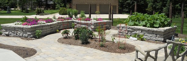 Shrub Planting | Terre Haute, IN | Bunch Nurseries Inc | 812-232-4331
