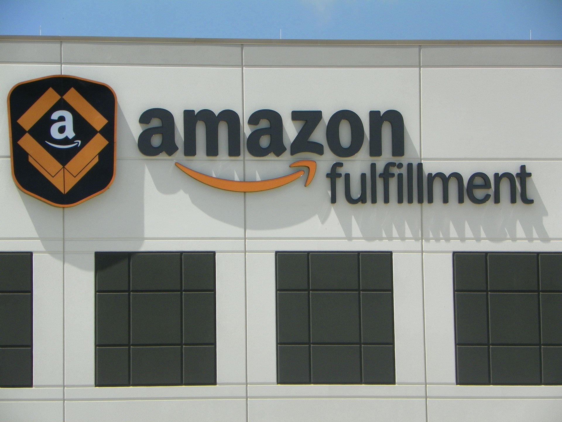 Amazon Fulfillment Sign