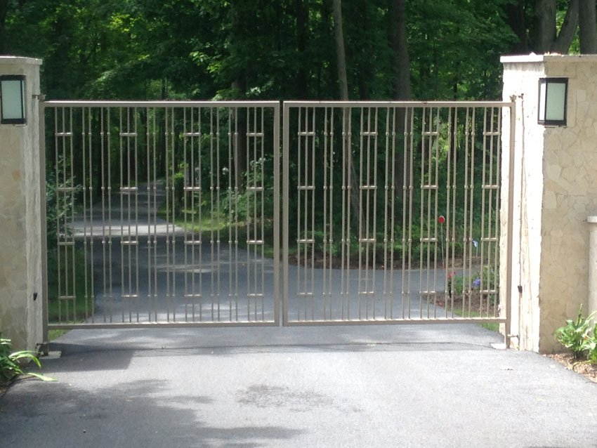 Iron driveway gates commercial cold spring
