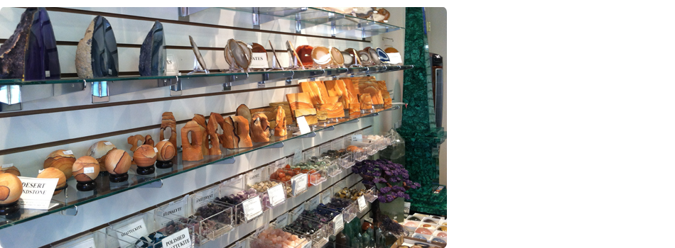 Collection of mineral and gem on a shelf