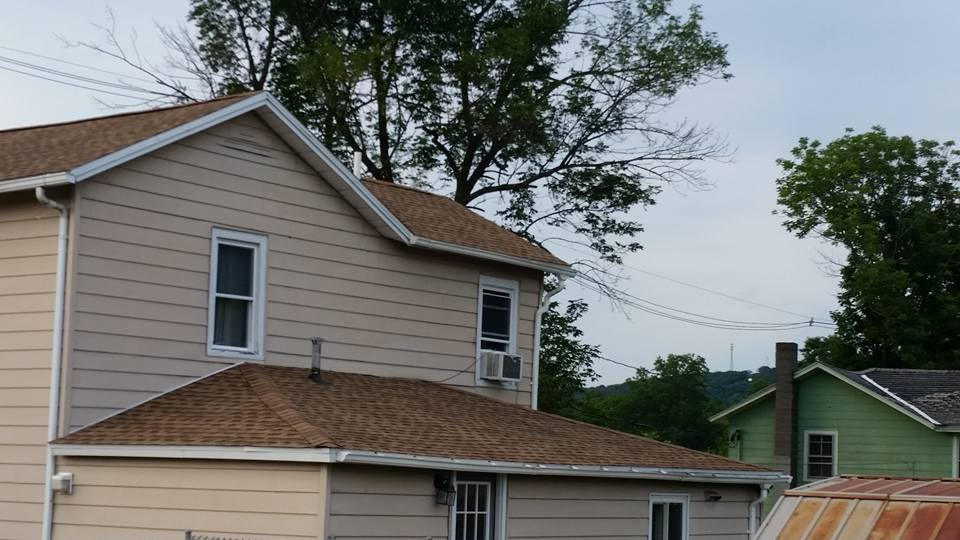 Reese Roofing Image