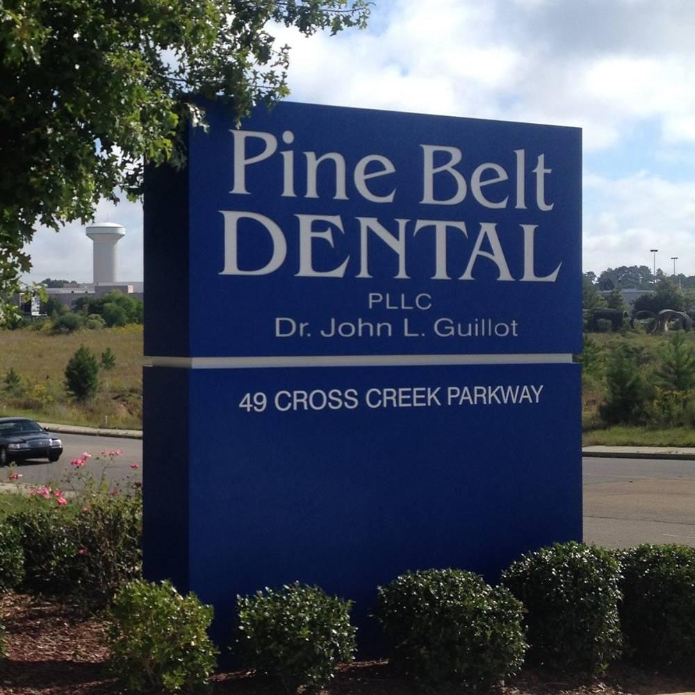 Pine Belt Dental sign board