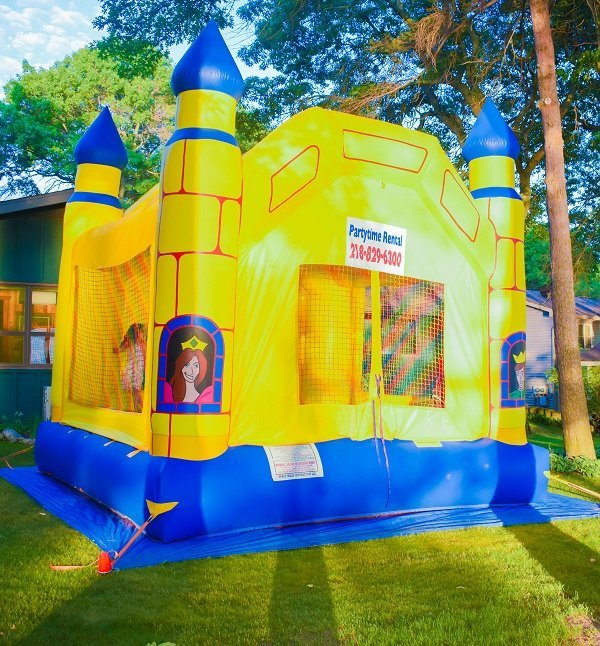 Party Time Rental | Dunk Tank and Bounce House Rentals