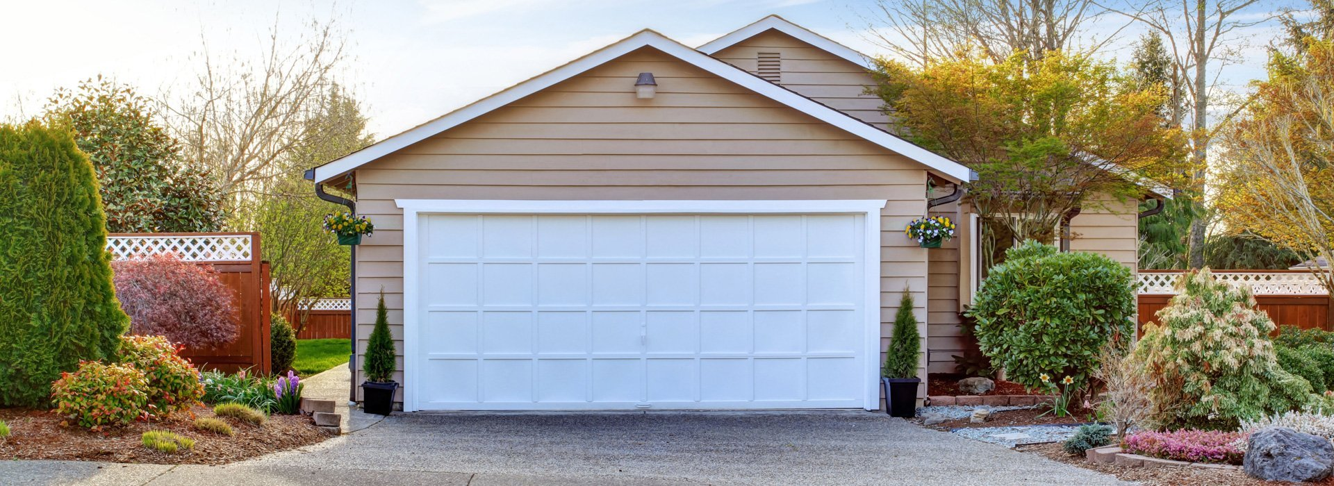 Blue Valley Door Company Inc. | Garage Doors | Beatrice, NE