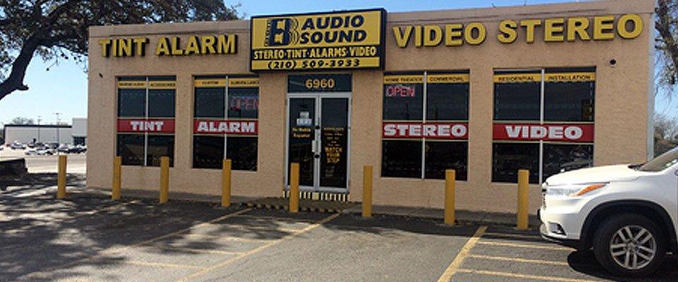 B audio Sound exterior