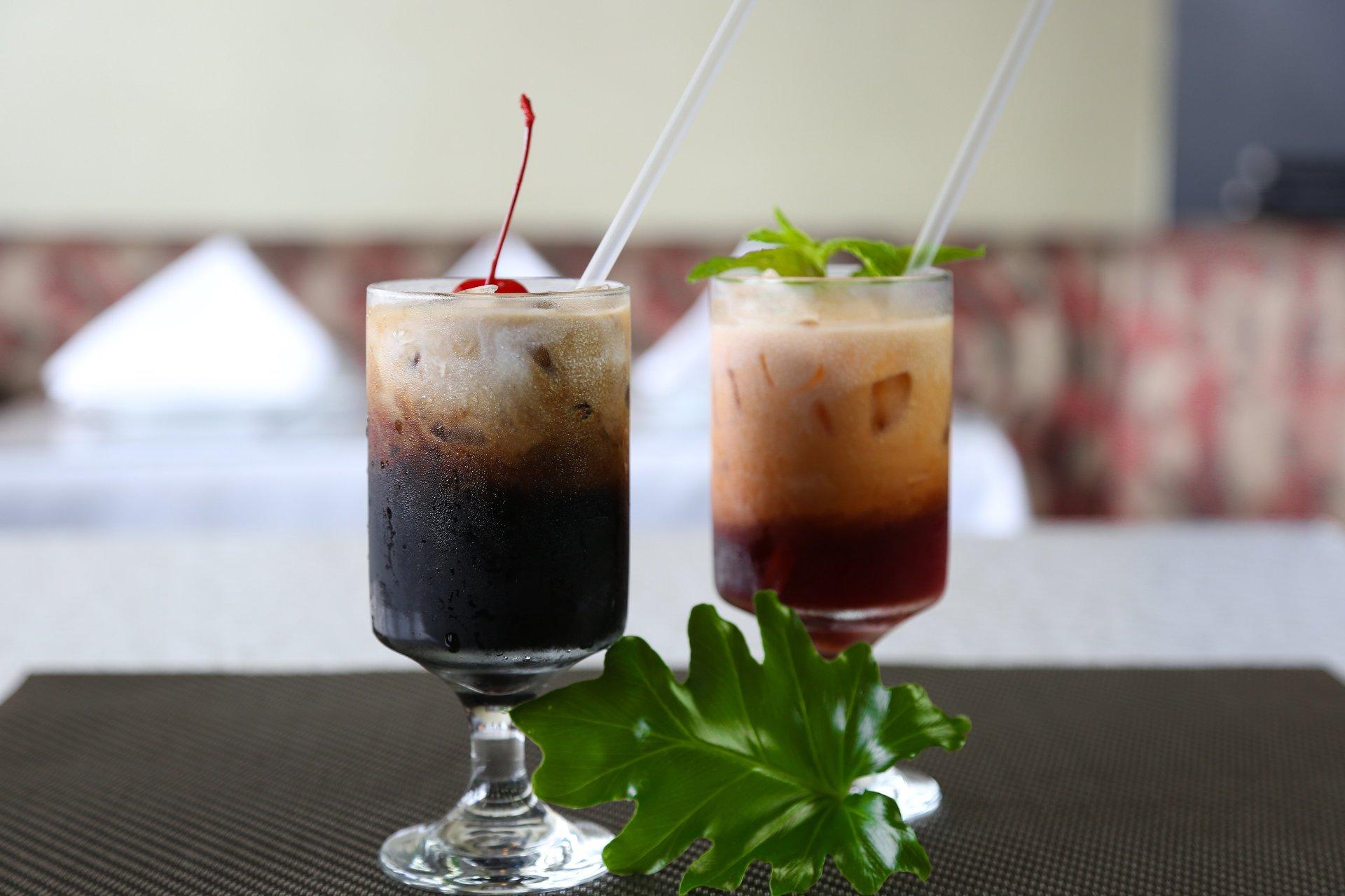 Thai Iced Coffee & Thai Iced Tea