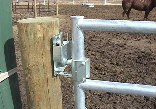 Dakota Fence & Deck - Omaha and Papillion, Nebraska