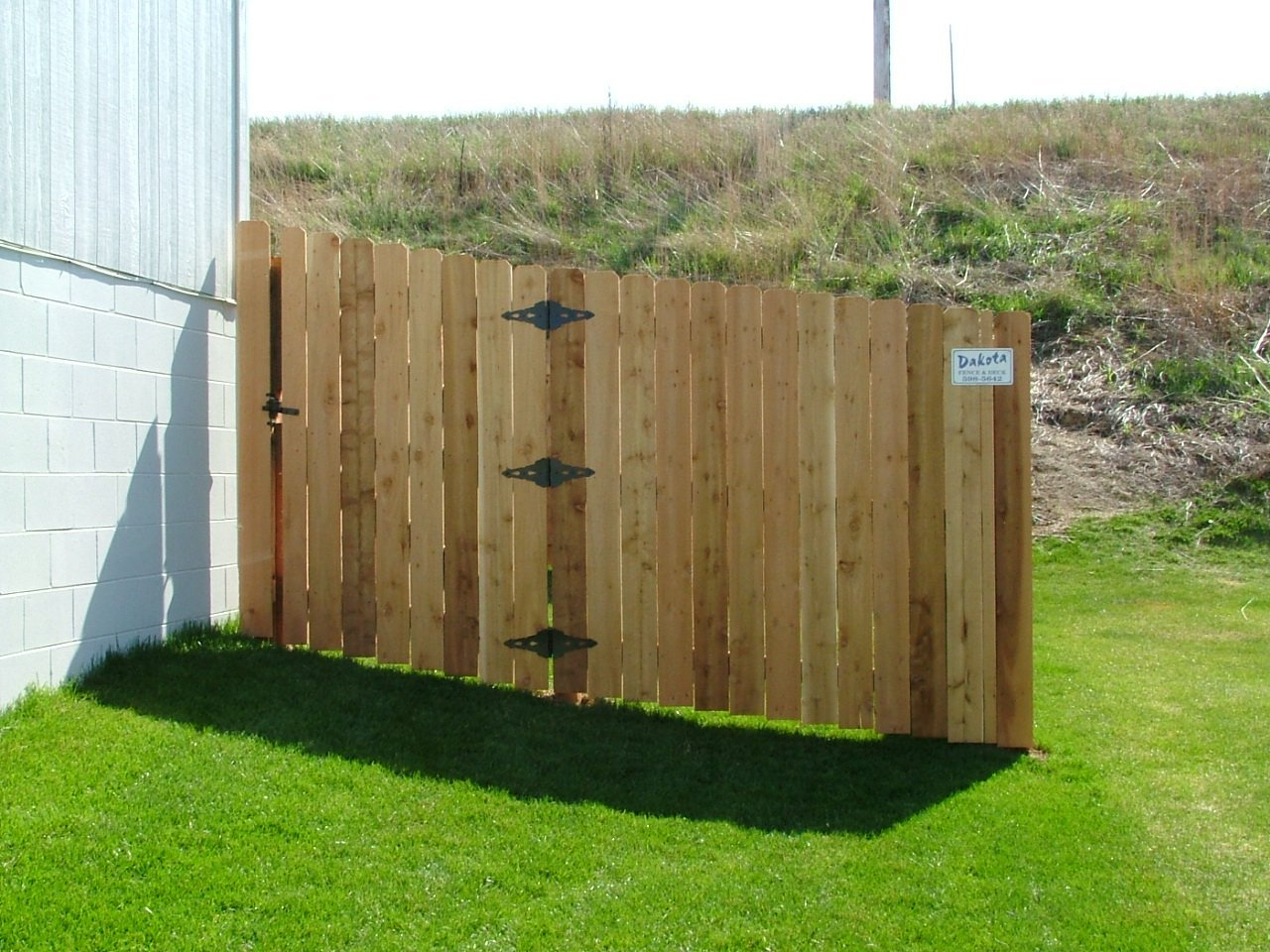 Dakota Fence & Deck 6' cedar solid - Omaha and Papillion, Nebraska