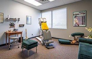 Dr. Lynn chiropractic