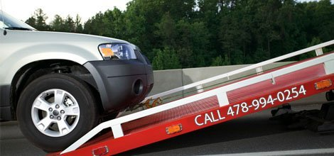 24 Hour Towing | Forsyth, GA | Watts Service Center | 478-994-0254