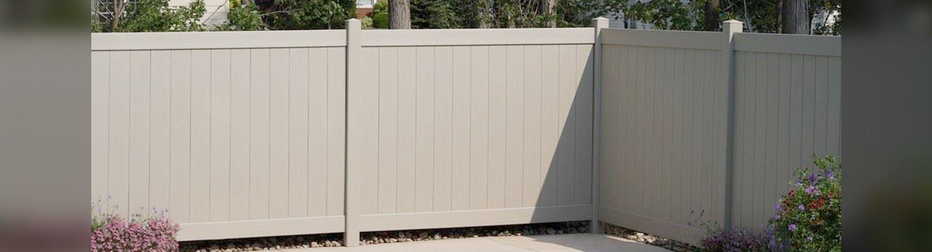 Fence World Of Milwaukee Decks And Fence Milwaukee Wi
