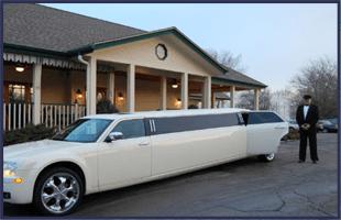Limousine Rental Services | Oconomowoc, WI | Magical Night Limousine | 262-366-3017
