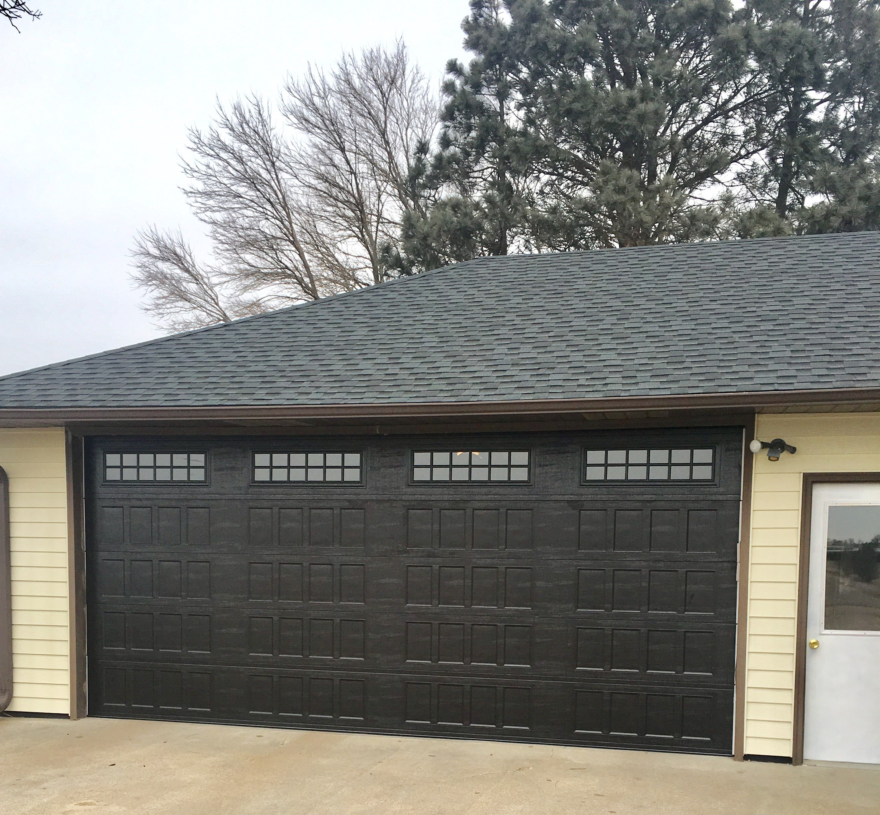 Lundys garage doors photo gallery omaha ne garage door rubansaba