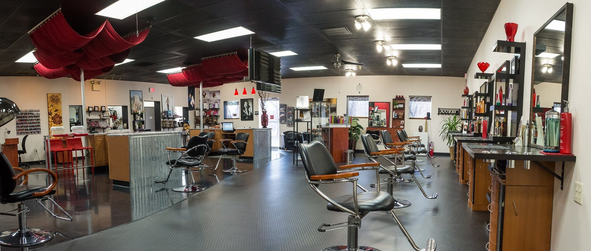 Interior of Salon Noelle