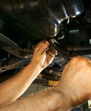 Auto engine repairs | Flushing, MI | Oliver's Garage Inc | 810-639-2889