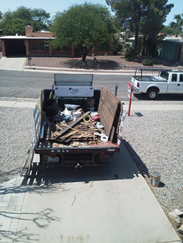 Truck carrying debris and garbage