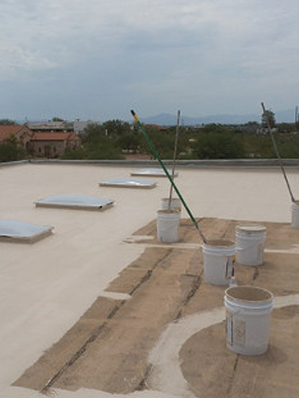 Flat roof and six plastic roof cement