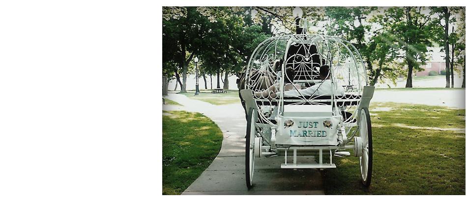 Wedding Carriages | Savannah, MO | Duncan Carriages | 816-390-5298
