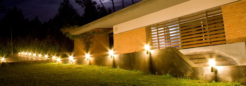 Landscape lighting pathway lighting sioux falls sd landscape lighting aloadofball Images