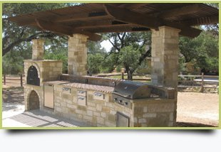 Outdoor Living Spaces | Austin, TX | Austin Gardeners | 512-845-1531