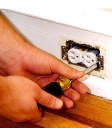 Electrician - Tinley Park, IL - Dan's Home Repair - Handyman