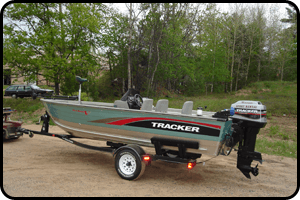 Tracker boat