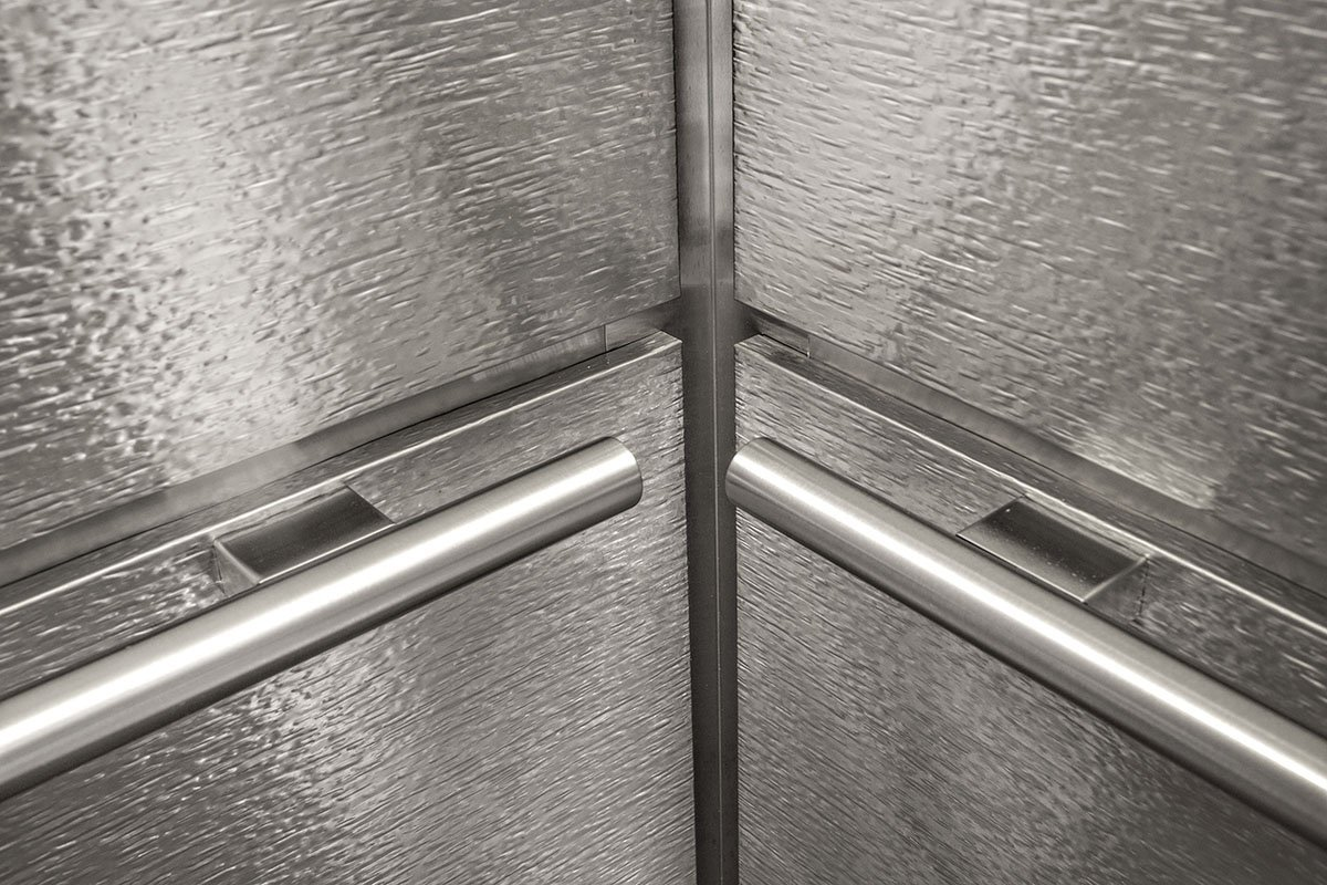 Elevator handle