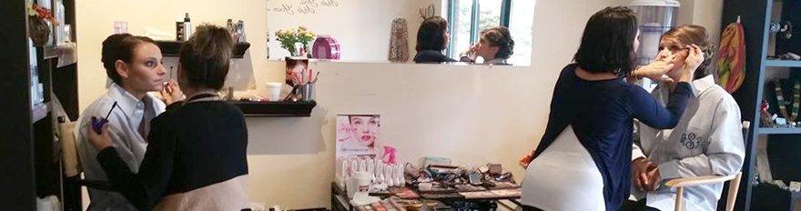 Doing Make up