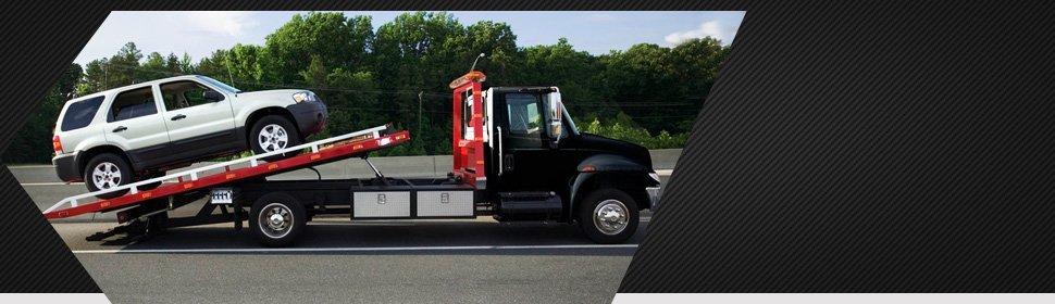 Tow truck | Lancaster, CA | Sierra Towing | 661-948-4521
