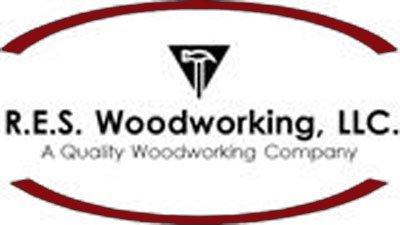 R.E.S. Woodworking LLC Logo