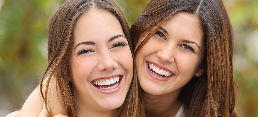 Women with bright teeth