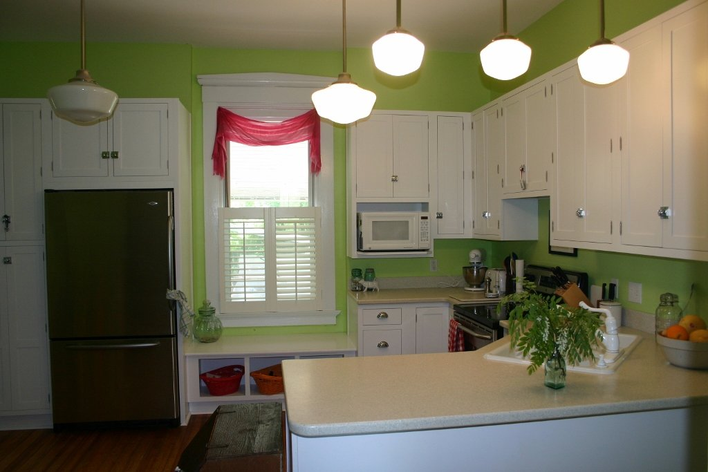 White Shaker Inset Kitchen