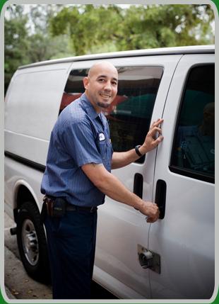 4 Door Crew Cap | Maui, HI | Surf Rents Trucks | 808-244-5544