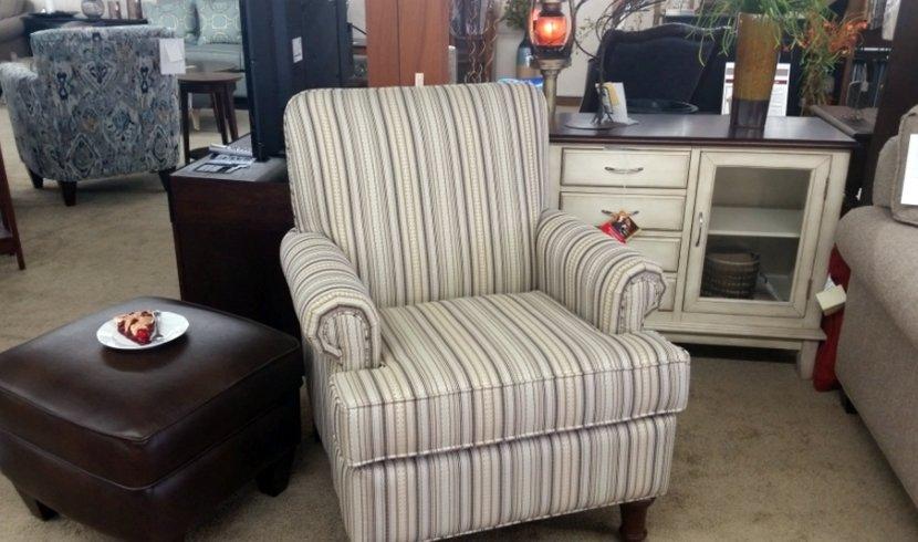 Single stripe sofa